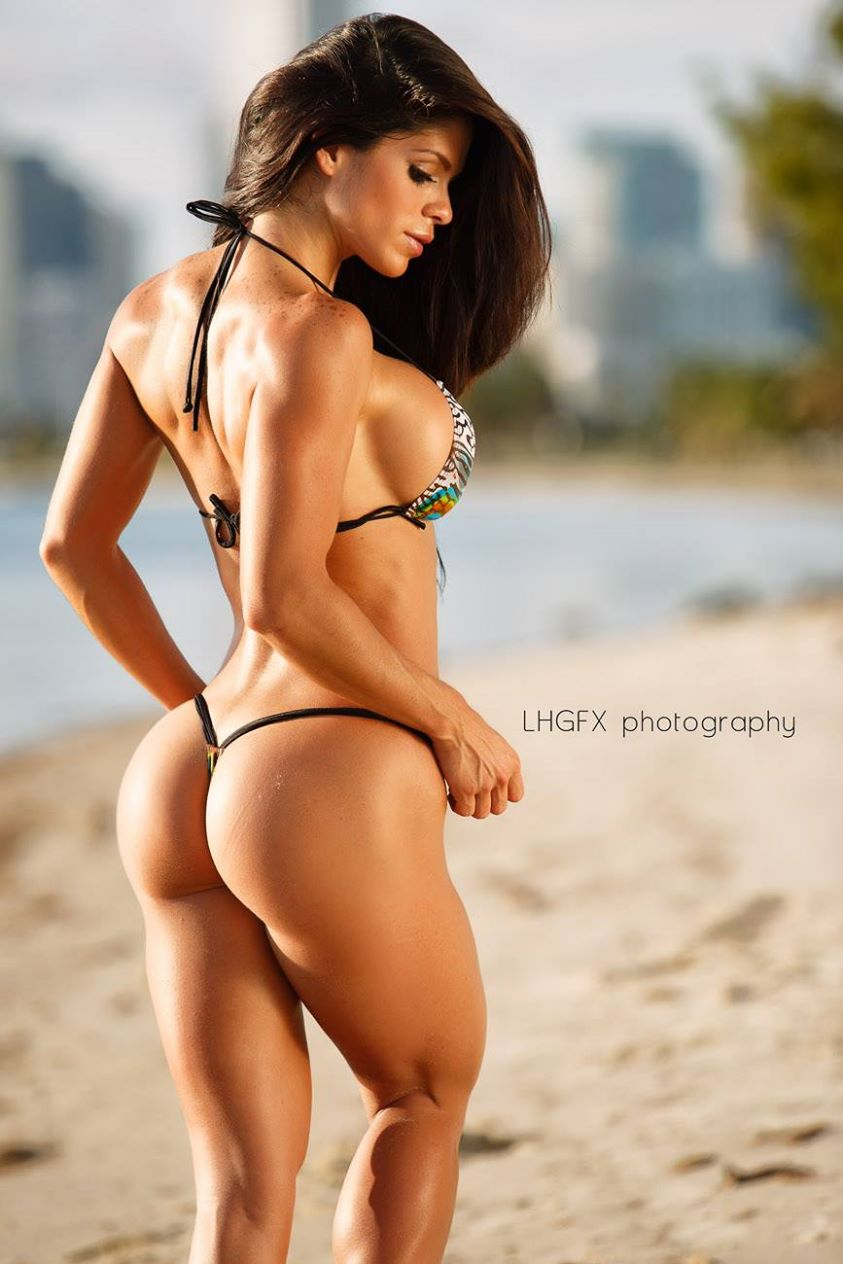 Fitness model michelle lewin 04 core 24 fitness Sexy 30
